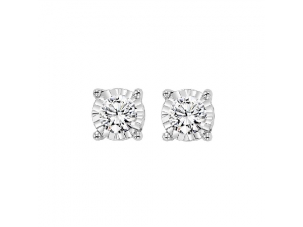 Diamond Stud Earrings by Gems One